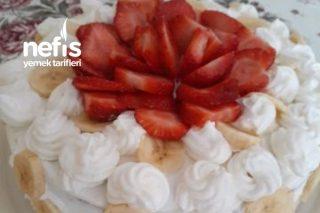 Pasta (Hazır Pandispanya İle) Tarifi