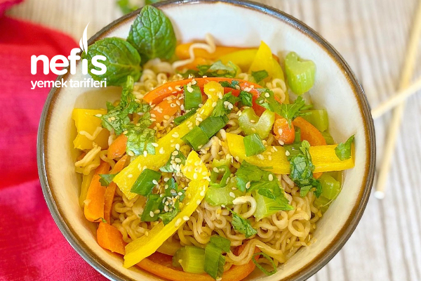Şip Şak Sebzeli Noodle Tarifi
