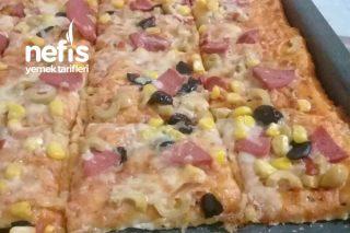 Evde Hızlı Pizza Tarifi