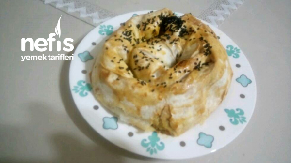 Kıymalı Pırasa Böreği(pırasayı Sevdiren Tarif :-)