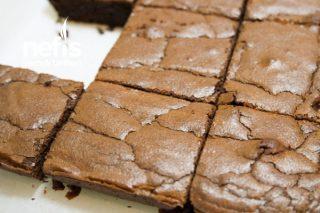 Sütlü Çikolatalı Browni Tarifi (Videolu)