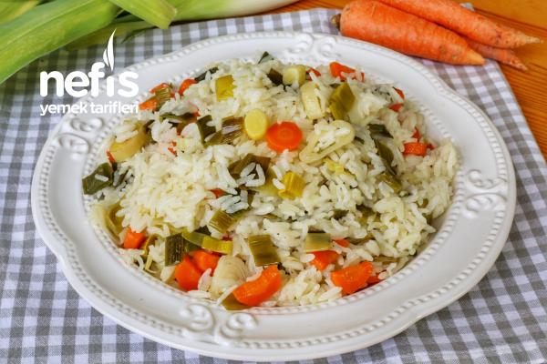 Pırasalı Pirinç Pilavı
