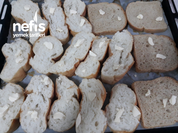 Kahvaltılık Çıtır Ekmekler