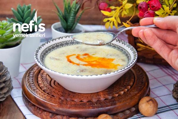 Balıkesir'in Meşhur Etli Çorbası (Videolu) Tarifi