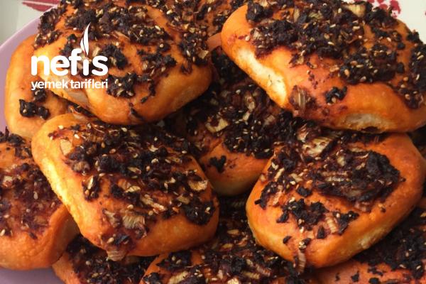 Yumuşacık Biberli Ekmek