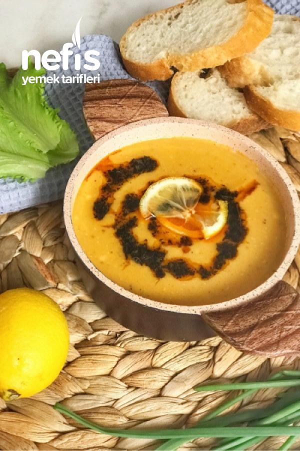Kramelize Soğanlı Mercimek Çorbası