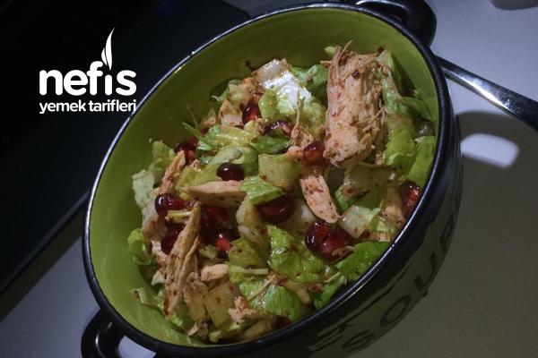 Narlı Pulbiberli Tavuk Salata Tarifi
