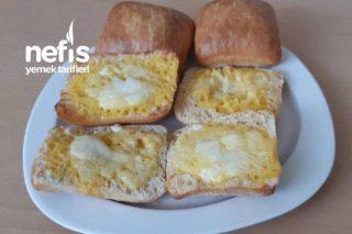 Çocukların Severek Yiyeceği Mini Ekmekler Tarifi