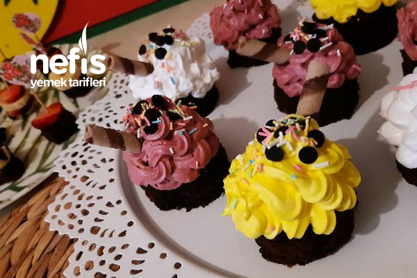 Renkli Mini Pastalarım Tarifi