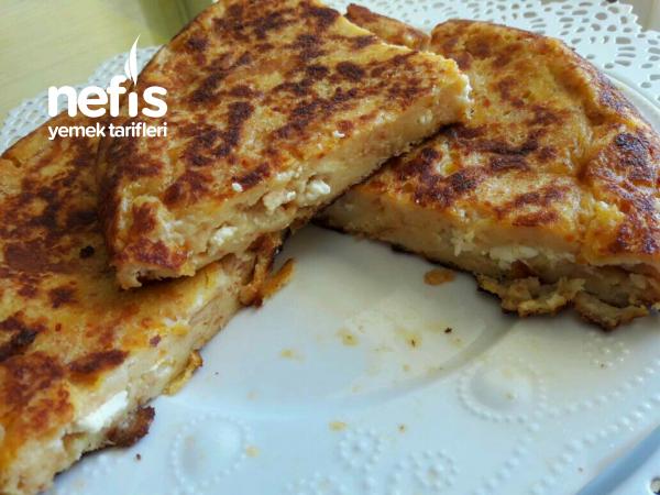 Tavada peynirli bayat Ekmek Böreği