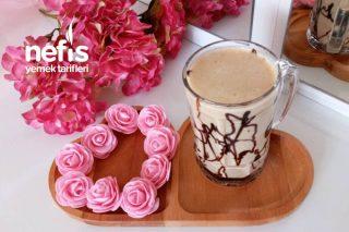 Elmalı Muzlu ve Çikolatalı Smoothie (5 Dakikada Yap İç) Tarifi