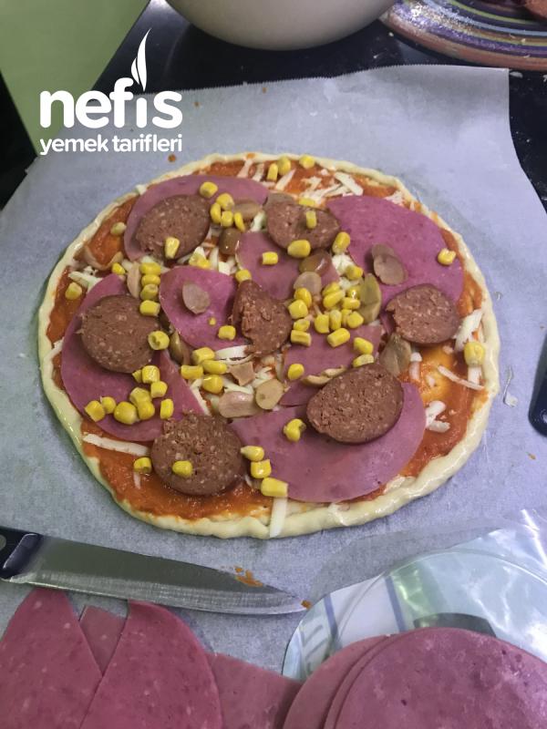 Şarküteri Pizza