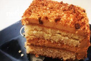 Süt Kremalı Pasta Tarifi