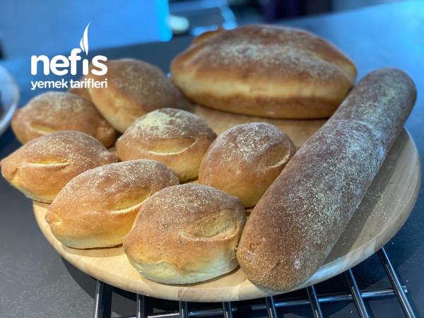 Kahvaltılık Baget Ve Küçük Ekmekler