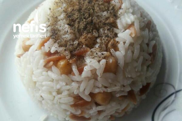 Nohutlu Şehriyeli Pirinç Pilavı Tarifi
