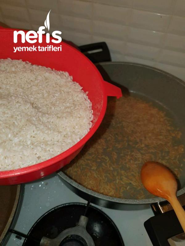 Pirinç Pilavı Şehriyeli Klasik