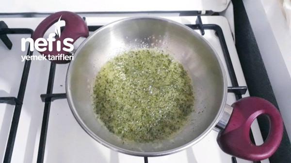Yoğurtlu Erişteli Yeşil Mercimekli Çorba