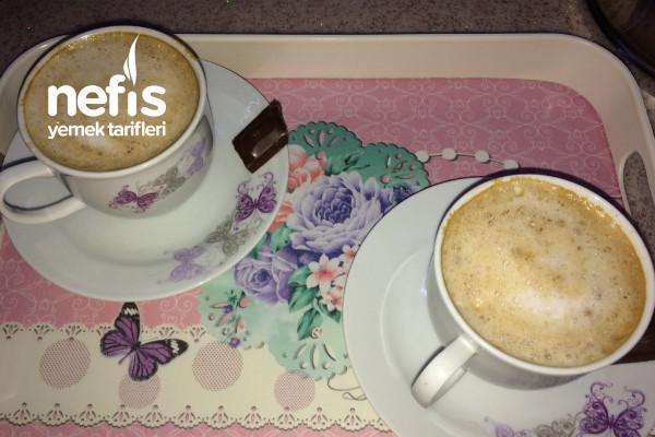 Bol Köpüklü Sütlü Nescafe Tarifi