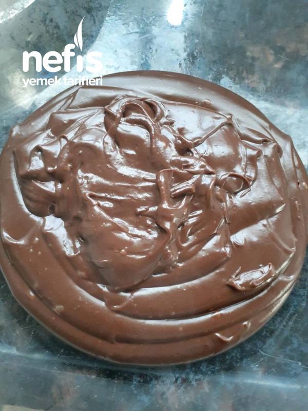 Enfes Çikolatalı Pasta Kreması