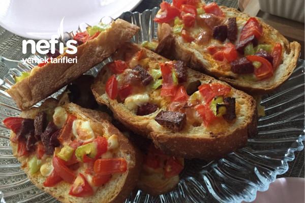 Kıtır Kıtır Ekmek Pizzası Tarifi