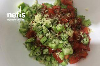 Üşengeç Salatası Tarifi