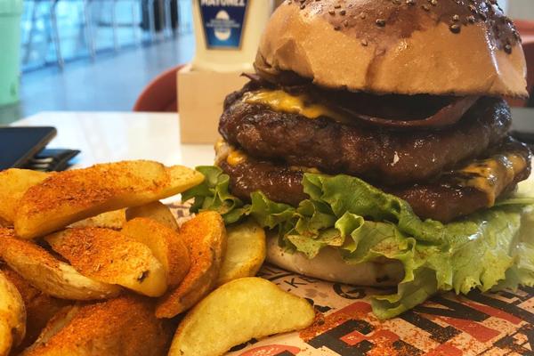 friends & burgers