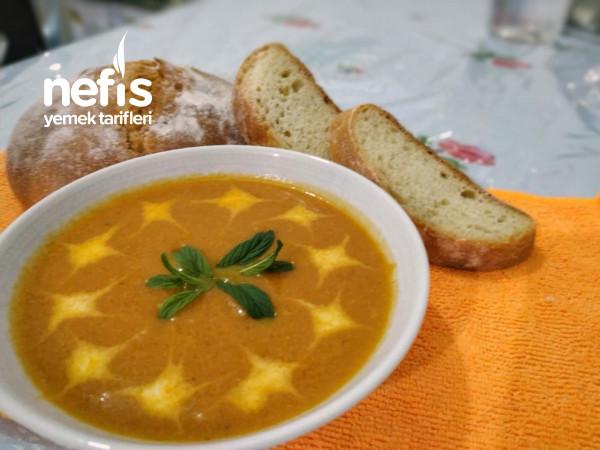 Balkabaklı Sebze Çorbası