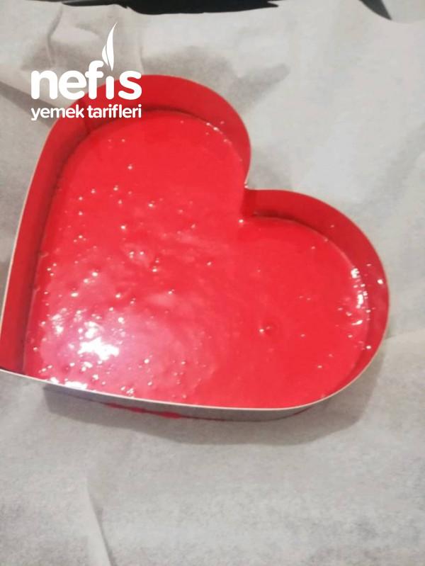 İster Sevgililer Günü İster Doğum Günü Şeker Hamurlu Kalp Pasta