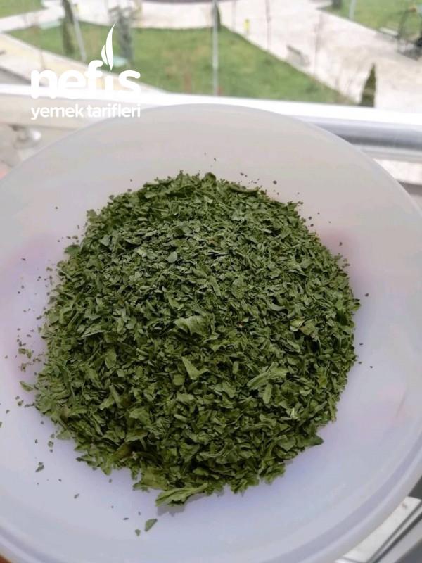Kereviz Yaprağı Kurusu (Yeni Nesil Baharat)