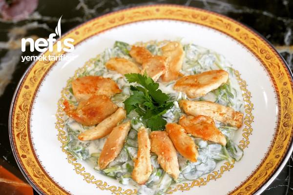 Tavuklu Semizotu Salatası Tarifi