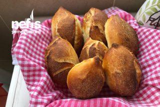 Akşamdan Yoğur Sabahtan Pişir Küçük Ekmek Tarifi