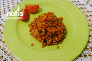 Fesleğenli Bol Sebzeli Buğday Pilavı Tarifi
