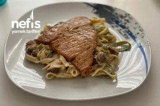 Mantar Soslu Fettuchini Ve Tavuk Steak Tarifi