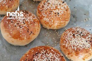 Yumuşacık (İçide Dışıda) Ekmekler (Videolu) Tarifi