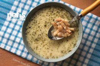 Bağışıklık Güçlendirici Erişteli Tavuk Suyu Çorbası Tarifi