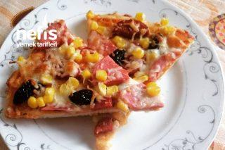 İnce Hamur Enfes Pizza Tarifi