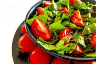 Roka Salatası (Rokayı Sevdiren Sosu İle) Tarifi