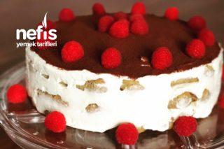 Pasta Görünümlü Tiramisu Tarifi
