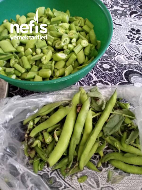 Yeşil Sarımsaklı Taze Bakla Yemeği