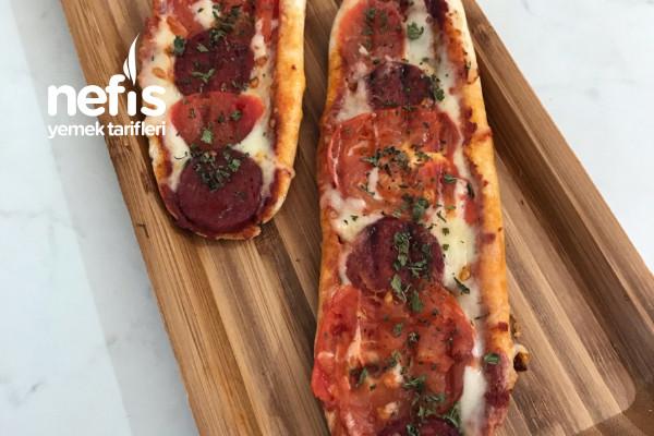 Hem Tost Hem Pizza Tarifi