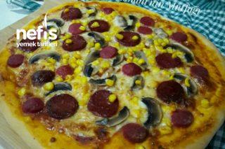Karışık Pizza (3 Adet Orta Boy) Tarifi