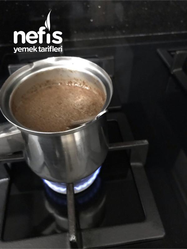 Türk Kahvesi(bol Köpüklü Kırk Yıl Hatırlı)