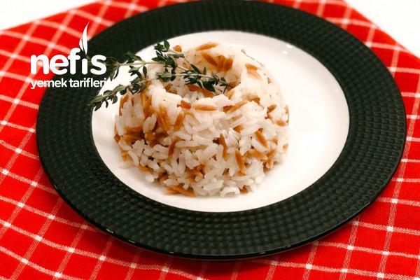 Tereyağlı Şehriyeli Pirinç Pilavı Tarifi
