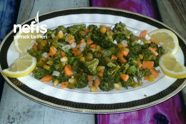 Bağışıklık Güçlendiren Brokoli Salatası Tarifi