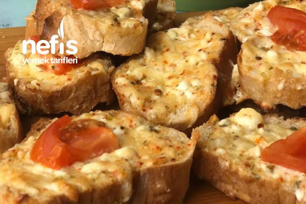 Bayat Ekmekten Şipşak Nefis Kahvaltılık Tarifi