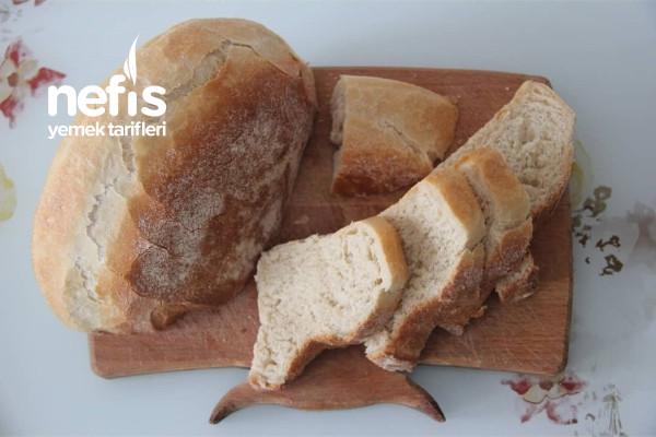Bayatlamayan Lezzeti Mayasında Saklı Ekmek