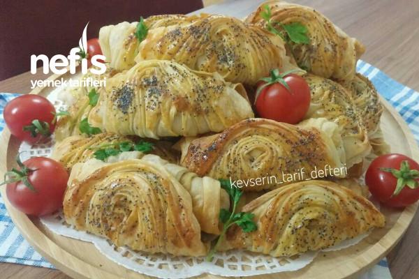 Çıtır Çıtır Ispanaklı Midye Böreği Tarifi