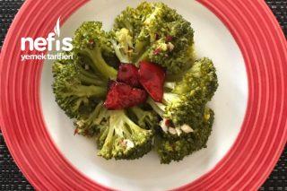 Ekşi Soslu Brokoli Salatası Tarifi