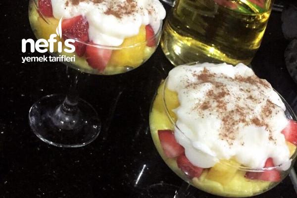 Ananaslı Çilekli Kup Tarifi