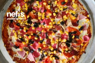 Ev Yapımı Bol Malzemeli Pizza Tarifi